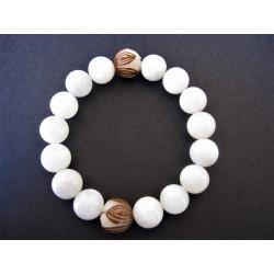 Bracelet en pierre de lune et graine de bodhi