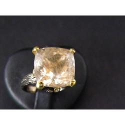 Bague moderne en quartz rutilé