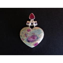 pendentif coeur en rubis fuchsite et rubis